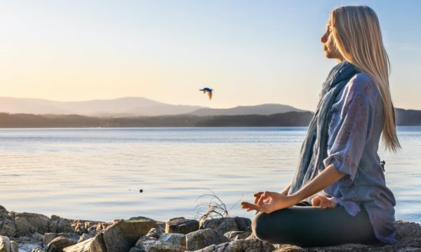 15-Minute-Guided-Meditation-To-Find-Peace-In-Uncertain-Times